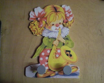 LITTLE GIRL CLOWN MUSICIAN RACK