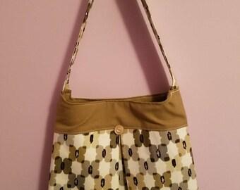 Pleated tote purse