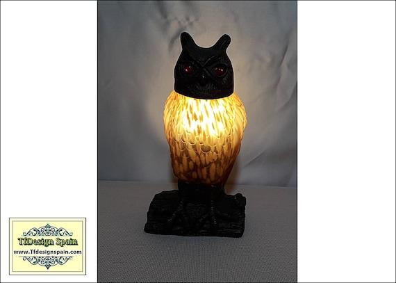 Owl lamp, Amber Glass Owl lamp, Owl desk lamp, Owl glass and metal lamp, Decorative owl lamp, Owl lamp Etsy, Owl figural lamp 24 cm