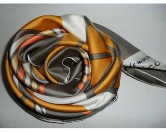foulard Nina Ricci en soie vintage 1970