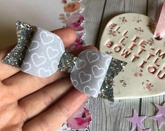 Grey Hearts Bow