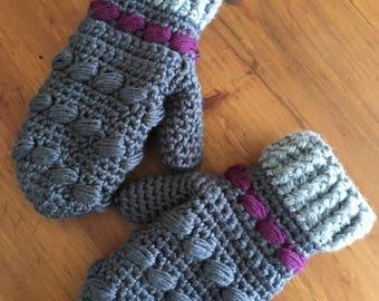 Fancy crochet mittens