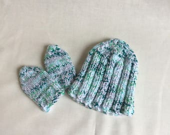 Newborn baby hat and mitt set