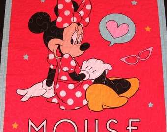 Gift for girl, Minnie Mouse Quilt, Minnie Mouse Blanket, Girl Quilt, Child Quilt, Lap Quilt, Wall Hanging