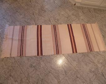 Vintage Transylvania Hungary Hungarian Hand Made Folk Art Wool Table Runner Homespun Runner/ Linen/ Pattern Tablecloth from the 80s