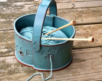 Pottery Double Yarn Bowl in Turquoise