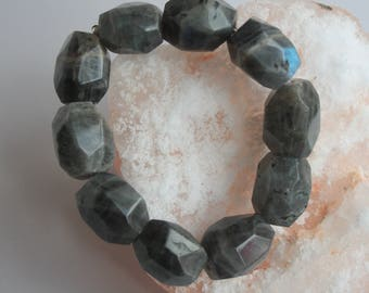 Labradorite elasticated bracelet