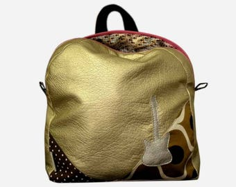 SALE gold leatherette backpack. * 19th instead of 36 *.