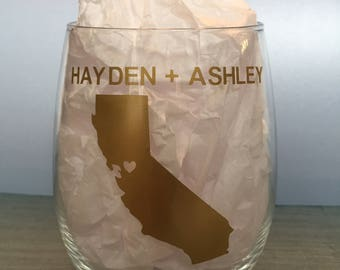 CUSTOM Wedding Wine Glass//Bridal Shower//Wedding Favor//Engagement//Bride//Bachelorette//Mother of the Bride//Made of Honor