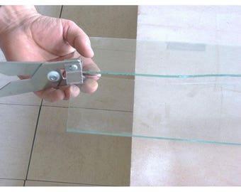 Cut glass (glass cutter)