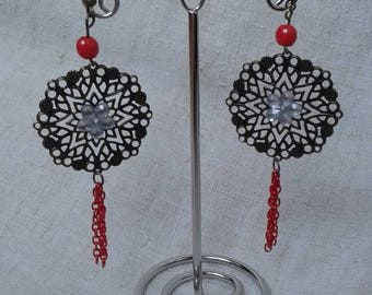 """Earrings """"print and Red chain"""""""