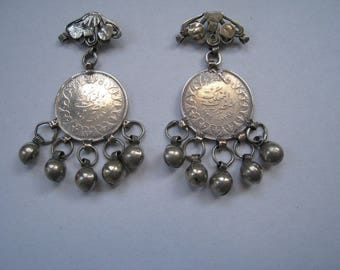 King Farouk earrings with dangling bells, bedouin style bells and filigree decoration, vintage (pre 1950s)