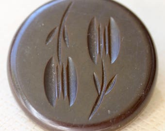 Tulips on Bakelite Button