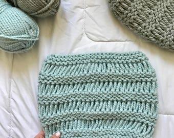 THE WREN COWL   Chunky Knit Cowl    Glacier    Women's Knit Cowl   