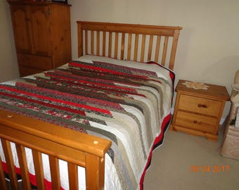 queen size quilt 96 by 94 in