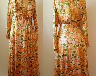 SUMMER CLEARANCE 1960's - 1970's Vanity Fair Dressing Gown / Robe Size S/M