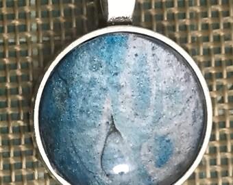 Fluid art pendant necklace