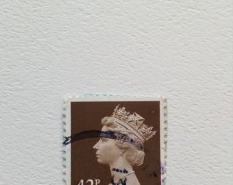 GB QUEEN Vintage Postage Post Stamp, Antique Postal Stamps, Collectible stamps, Collection philately 2.1cm x 2.4cm