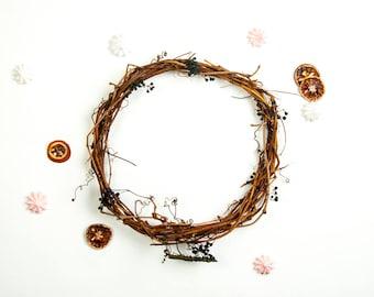 Minimalist rustic natural grapevine handmade twig wreath Floral Arrangement,dream catcher Hoops, natural wreath supply, wreath home decor