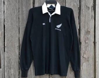 Vintage!!! Rare Canterbury Of New Zealand small logo sweatshirt jumper