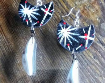 Earrings in black hand-painted fommy