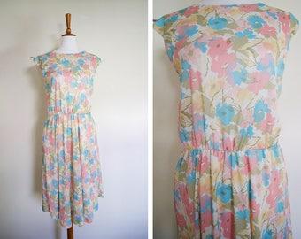 Vintage Pastel Colored Floral Short Sleeve Summer Dress / Retro Lightweight Patterned Long Dress / Tie Sleeves / Cinched Elastic Waist