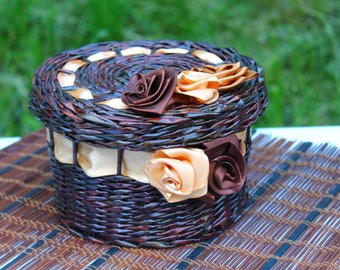 Wedding basket Storage Wicker willow basket Farmhouse rustic Roses basket