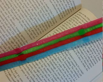 Roll up book mark
