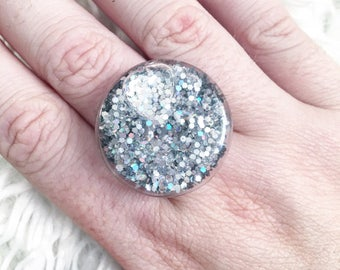 Holographic Unicorn bubble ring