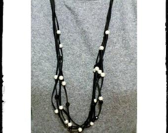 Black elegant necklace