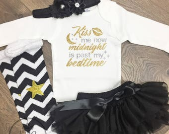Baby girl new years outfit Kiss me now midnight is past my bedtime New years baby girl outfit Happy New years outfit Kiss me at midnight set