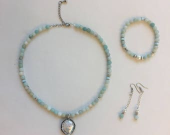 Waterdrop collection, set 3 pieces, Choker, bracelet and boycles stone semi invaluable amazonite, mother of Pearl and sparkly pendant