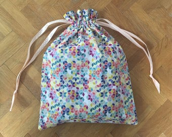 Bag multicolor cube child / baby (pajamas, blanket and other treasures) or lingerie bag / socks and others