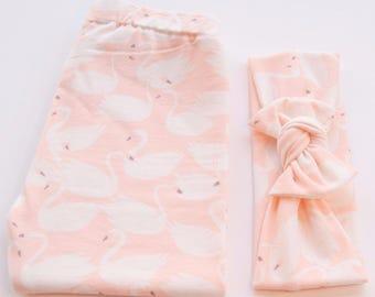 Legging n' Bow Tie Organic Handmade Cotton Set | Peach Swan