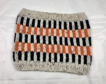 Hand Knit Vertical Striped Colourwork Cowl