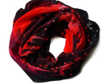 Fantastic Unique Hand painted Silk Scarf, black and red silk wrap. Carré en soie, Echarpe, japanese calligraphy, peint à la main, chic, été