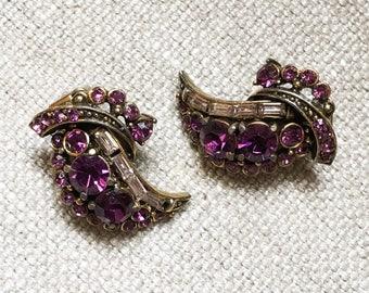 Vintage Hollycraft Clip On Earrings