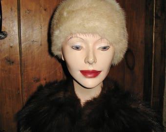 A Good Vintage French Chic Blonde Mink Fur Hat