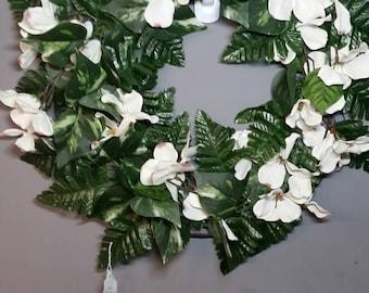 Green chicken wire wreath