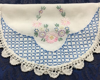 Vintage Linen Table Runner Dresser Scarf with Embroidered Flowers Crochet Trim