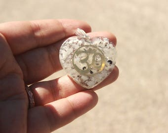 White Tourmaline Heart Shape Orgone Pendant With OM Symbol|Healing crystals and Stones|emf protection|Orgonite |Energy Generator|Pyramid