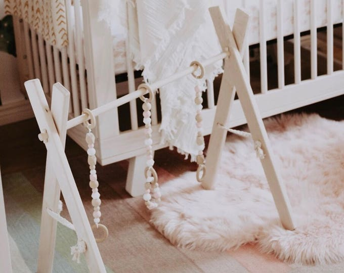 Wooden Baby Play Gym with Removable Teething Bracelet