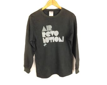 NIKE AIR REVOLUTION Long Sleeve Sweatshirt Medium Size with Big Spell Out Logo