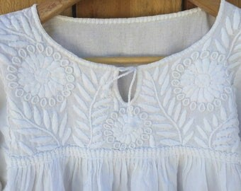 Mexican Bohemian Embroidered White long sleeve blouse size small/medium/large