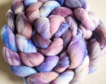 Boreal: Hand dyed White Merino d'Arles fibre tops 100g
