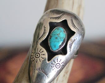 Large Vintage Native American Sterling + Turquoise Sun Ring ~ Size 7
