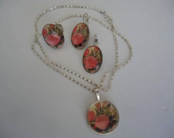 "# Summer - Set ""Roses"" cabochon necklace - earrings and adjustable ring"