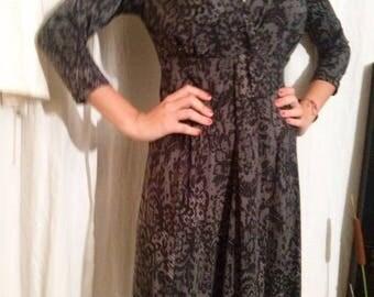 Dress sleeves three quarter printed lace pattern