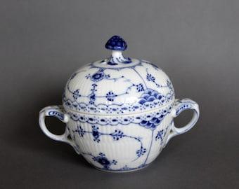 Antique Royal Copenhagen Blue Fluted Half Lace # 605 SUGAR BOWL