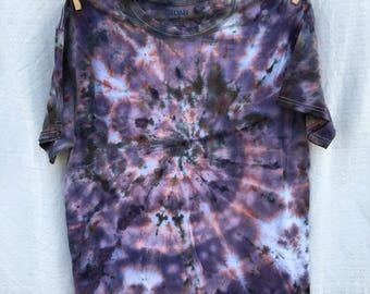 Adult size large tie dye tee/tie dye/ice dye/hand dyed/tshirt